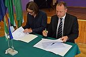 Allkirjastati Valga kesklinna koolihoone ja spordihoone projekteerimisleping